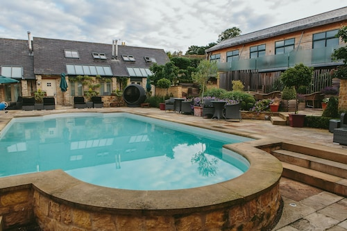 . Feversham Arms Hotel & Verbena Spa
