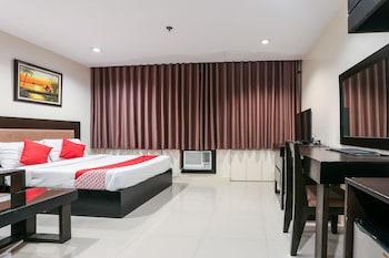 Paragon Tower Hotel Manila Room