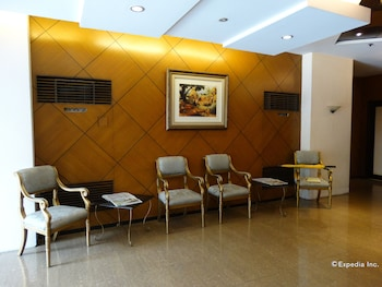 Paragon Tower Hotel Manila Lobby Sitting Area