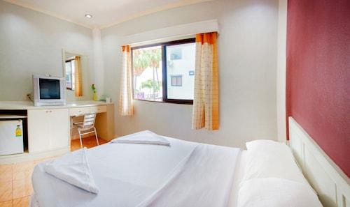 G.I Lodge, Pattaya