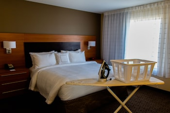 TownePlace Suites by Marriott Lancaster - Guestroom  - #0