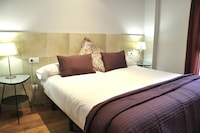 Apartment, 4 Bedrooms, Terrace