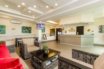 Hotel - Microtel by Wyndham South Forbes near Nuvali