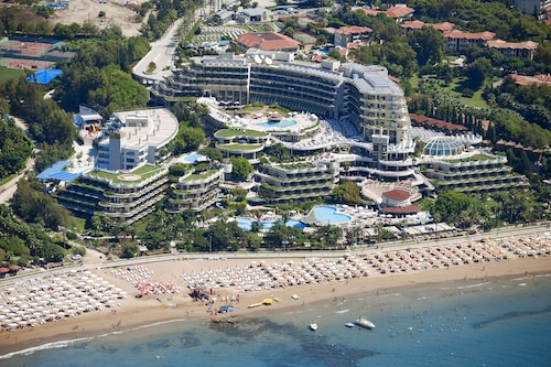 . Crystal Sunrise Queen Luxury Resort & Spa - All Inclusive