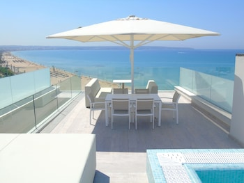 Deluxe Penthouse, Private Pool, Sea View