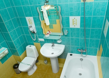Hotel Lermontovskiy - Bathroom  - #0