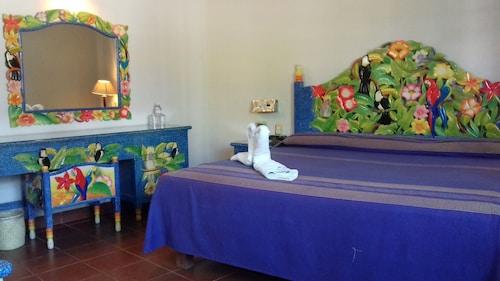 . Hotel Hacienda Don Cenobio