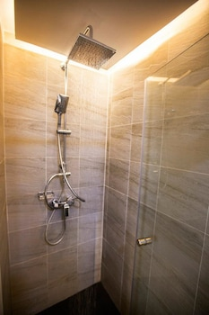 P.72 Hotel & Bar - Bathroom  - #0