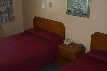 Standard Room, 2 Queen Beds - Rates based on double occupancy