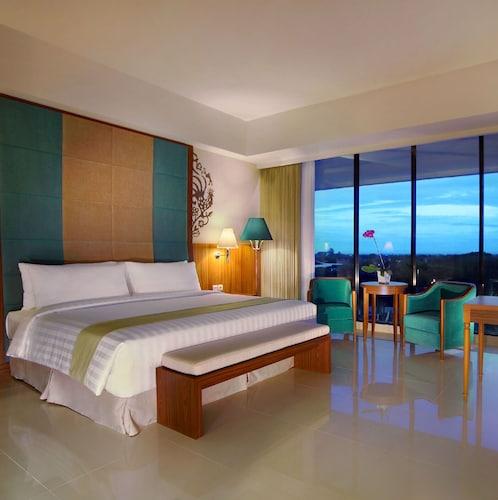 . Aston Bojonegoro City Hotel
