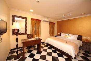 Hotel - Meenakshi's Sunshine Hotel