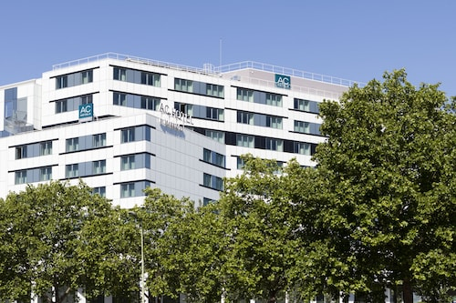 __{offers.Best_flights}__ AC Porte Maillot Hotel