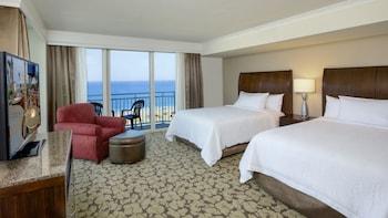 Guestroom at Hilton Garden Inn Virginia Beach Oceanfront in Virginia Beach