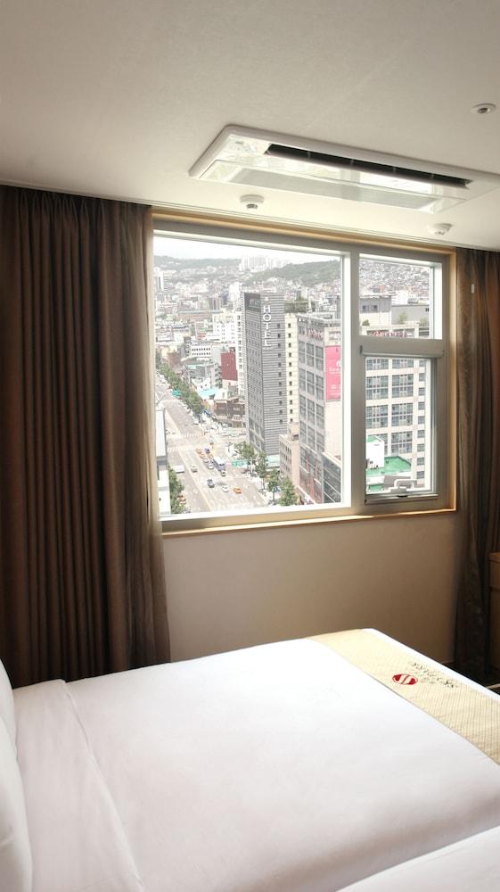 ホテル スカイパーク 東大門 1