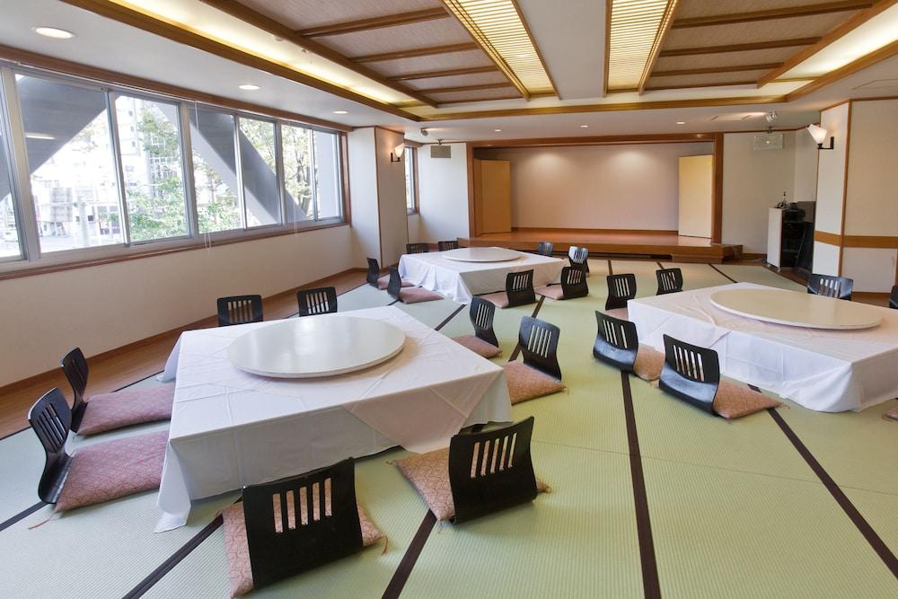 온센 호텔 나카하라 베소 -금연, 방진 설계(Onsen Hotel Nakahara Bessou-Non Smoking, Earthquake retrofit) Hotel Image 35 - Dining