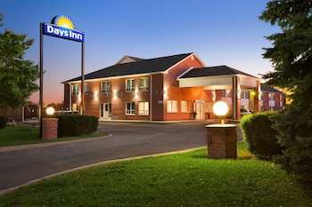 Hotel - Days Inn by Wyndham Stouffville