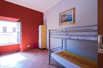 Basic Shared Dormitory, 4 Bedrooms