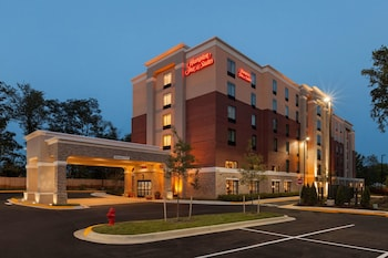 Hotel - Hampton Inn & Suites Camp Springs/ Andrews AFB