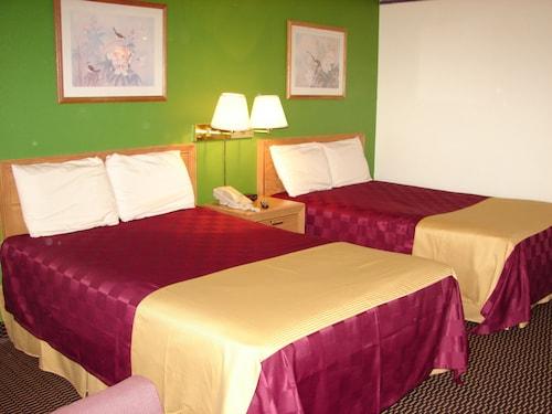 . Columbus Inn & Suites