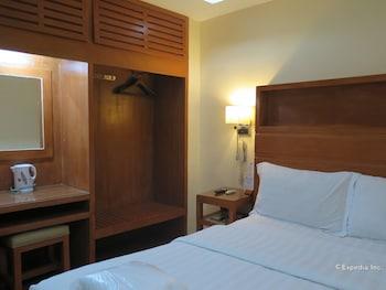 La Gloria Residence Inn Cebu Guestroom