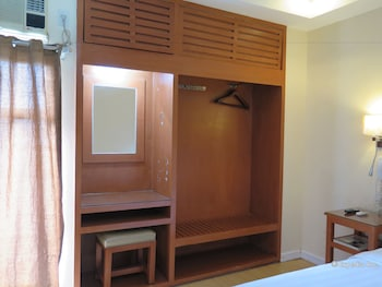 La Gloria Residence Inn Cebu In-Room Amenity