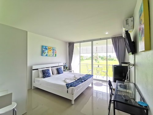 . Phet Cha-am Plaza & Resort