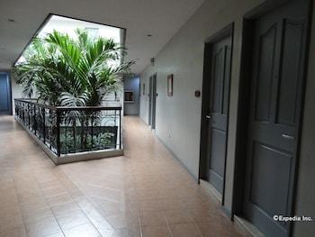 Casa Leticia Business Inn Davao Hallway
