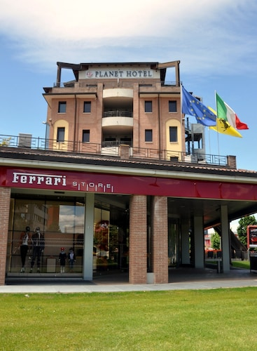 Planet Hotel, Modena