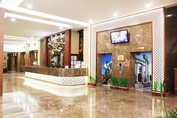 Hotel - Grand Inna Tunjungan