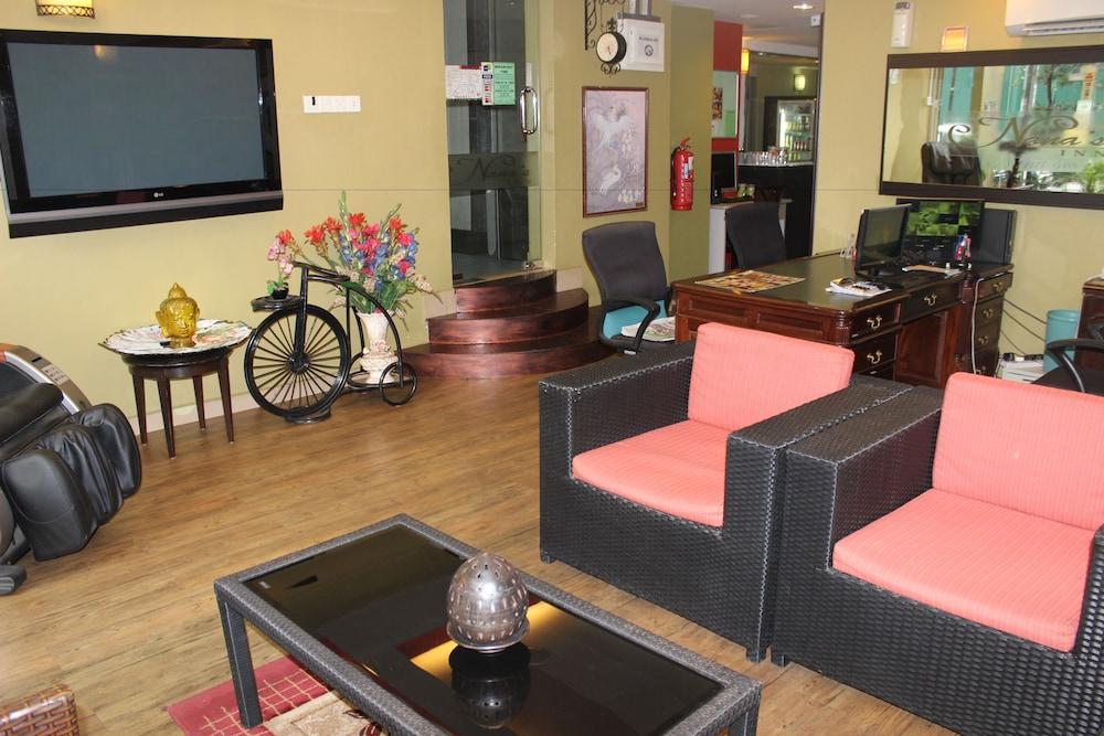 ホテル ナナス イン
