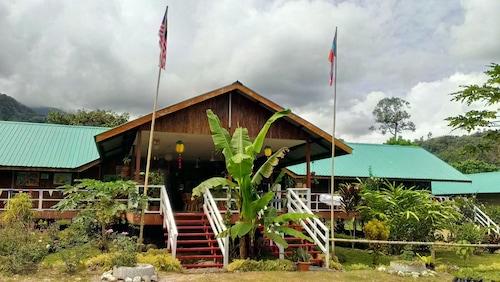 . Kinabalu Poring Vacation Lodge