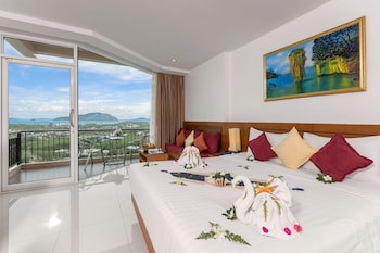 Grand Double or Twin Room, 1 Double or 2 Twin Beds, Sea View