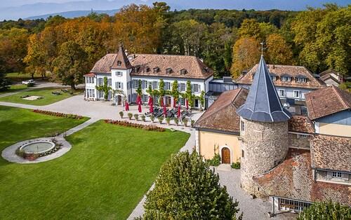 . Château de Bossey