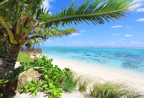 . Moana Sands Beachfront Villas
