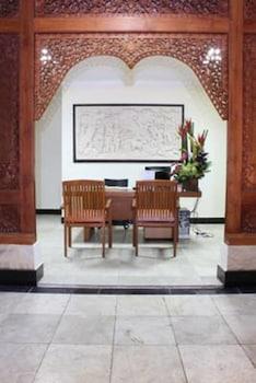 ラダ バリ ホテル