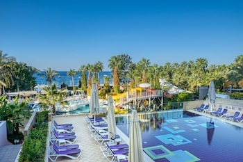 Sealife Buket Beach Resort