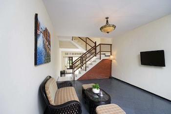 ロイヤル オーキッズ ガーデン ホテル & コンドミニアム