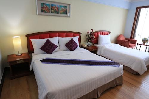 Karnmanee Palace Hotel, Phaya Thai