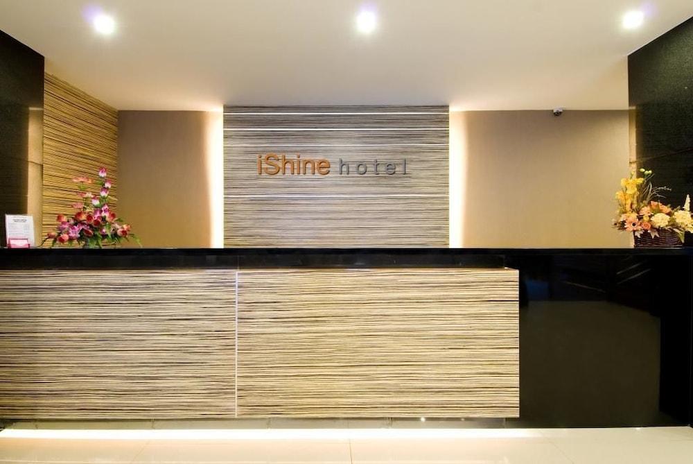 OYO 1729 I-샤인 호텔