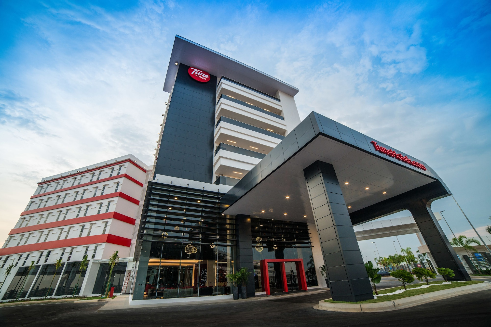 Tune Hotel KLIA-KLIA2, Airport Transit Hotel, Kuala Lumpur
