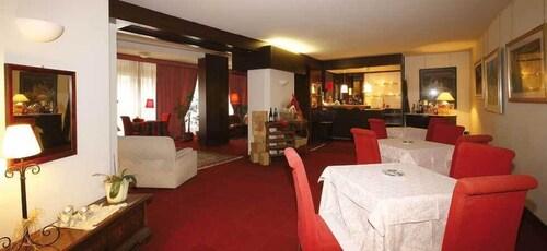 Hotel Nuovo De Cesero, Belluno