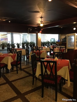 The Metrocentre Hotel and Convention Center Bohol Breakfast Area