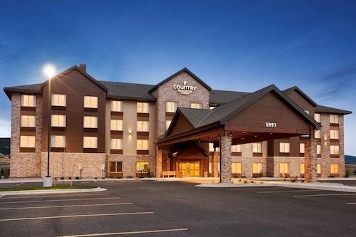 . Country Inn & Suites by Radisson, Bozeman, MT