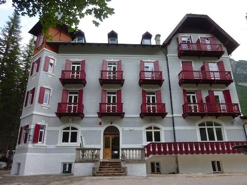 . Hotel Croda Rossa