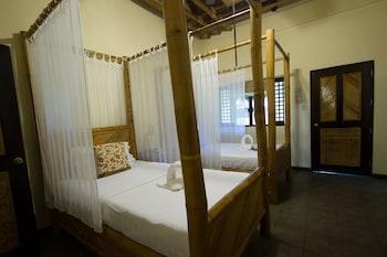 Nabulao Beach Resort Negros Occidental Guestroom