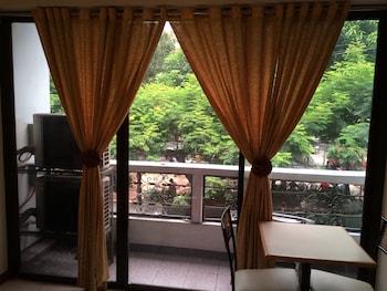 M Hotel Manila Living Area