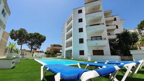 . Marina Palmanova Apartamentos