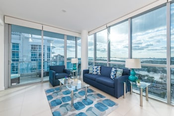 Deluxe One Bedroom Apartment, Bay View