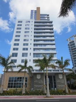 Churchill Suites Monte Carlo Miami Beach In Miami Beach