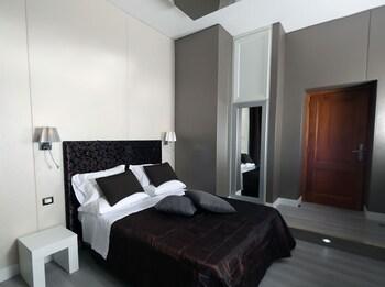 Suite, Bathtub